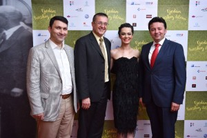 Ebubekir, GBR Kristina i Ahmet